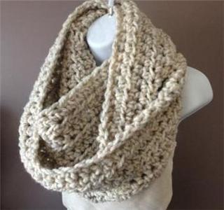 mejor selección 91304 f4f92 Cuello de lana xl a ganchillo - Uolala